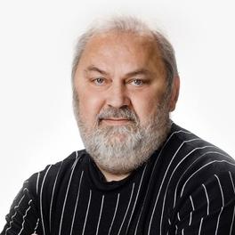 Игорь Корсаков