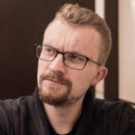 <b>Pavel  Snurnitsyn</b>
